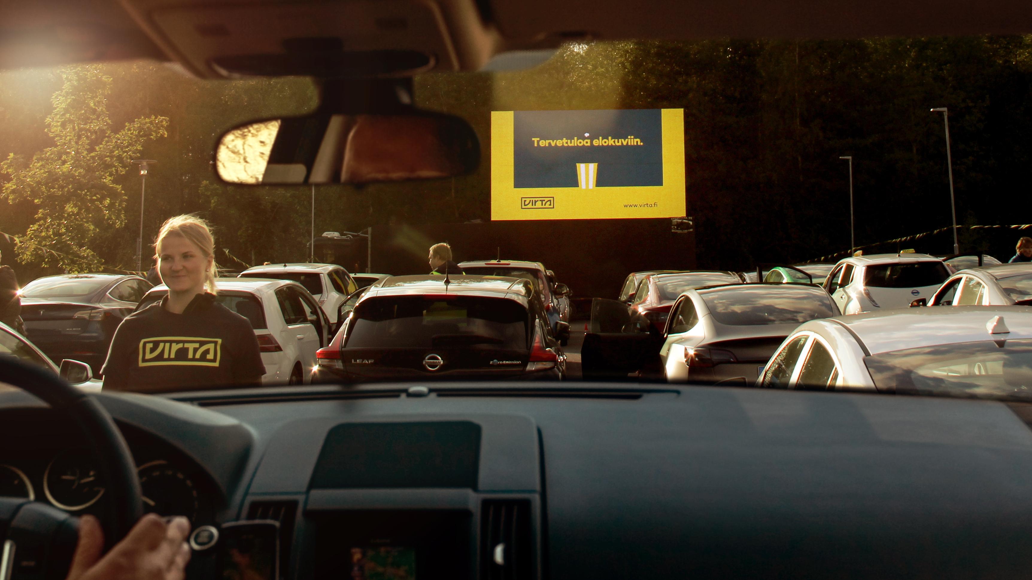 Virta Drive-in-elokuvailta Suvilahdessa